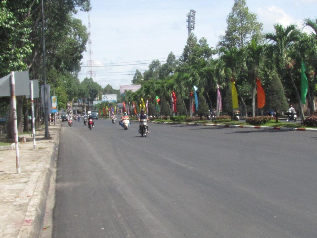 Hung Vuong street after being repaired