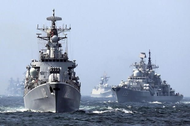 Chinese warships operating in the East Sea (Source: AP)