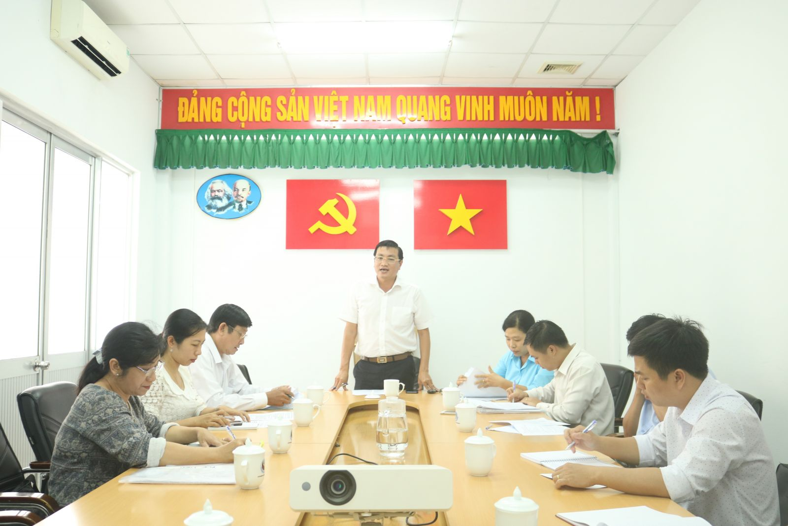A meeting organized to deploy the implementation plan of the launching ceremony